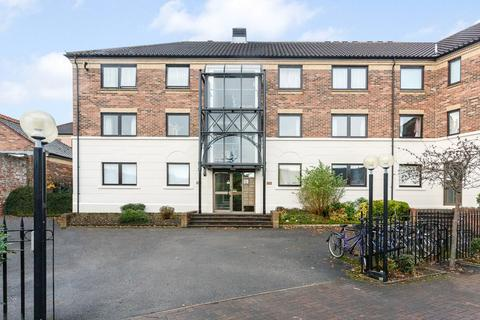 2 bedroom apartment to rent - Postern Close, York, YO23