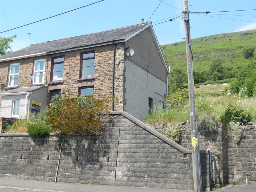 3 Bedrooms Semi Detached House for sale in Graig Road, Godrergraig, Swansea