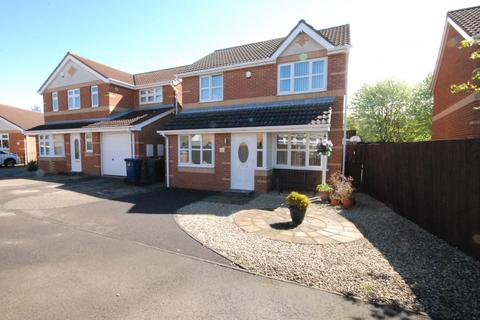 3 bedroom semi-detached house for sale - Melkington Court, Newcastle Upon Tyne