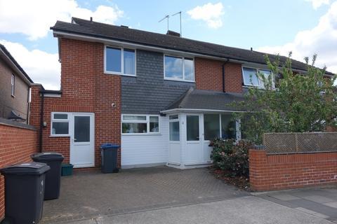 5 bedroom house to rent - Park Road, Surbiton, KT5 8QD