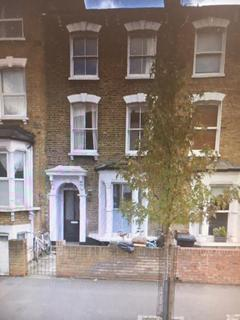 3 bedroom flat to rent - Hackney, London E5