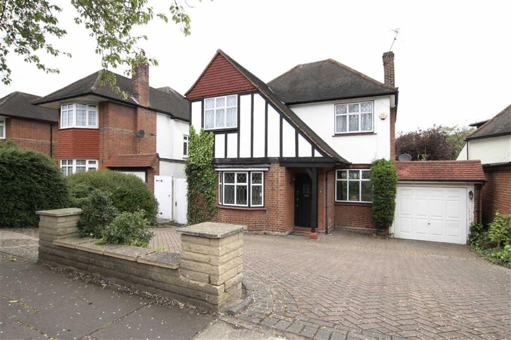 4 Bedrooms Detached House for sale in Greenway, Southgate, London, N14