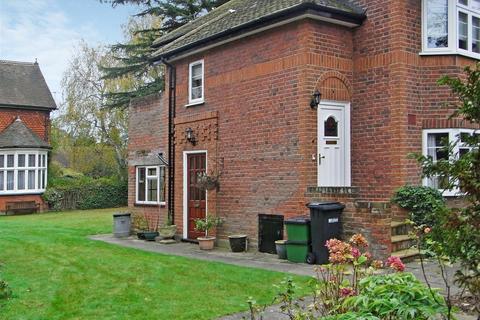 2 bedroom maisonette to rent - Woodstock Road North, St Albans