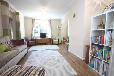 4 bedroom detached house to rent - Brandram Road Blackheath SE13