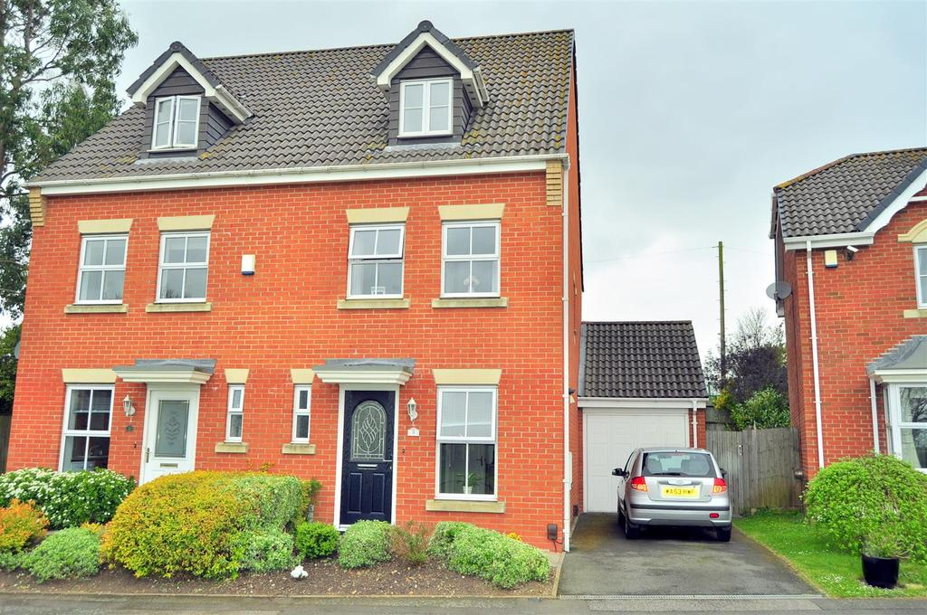 3 Bedrooms House for sale in Cavalier Drive, Halesowen