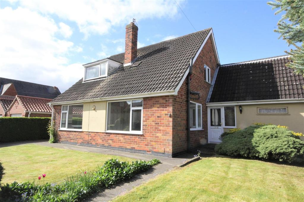 4 Bedrooms Detached House for sale in Common Road Dunnington York, YO19