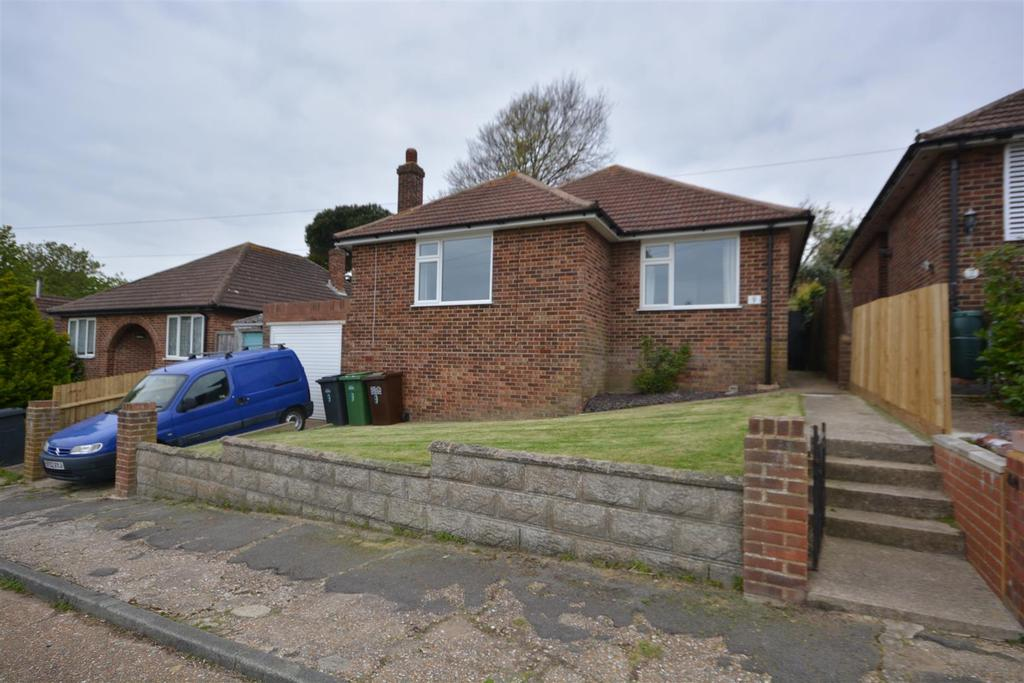 3 Bedrooms Detached Bungalow for sale in Braybrooke Close, Hastings