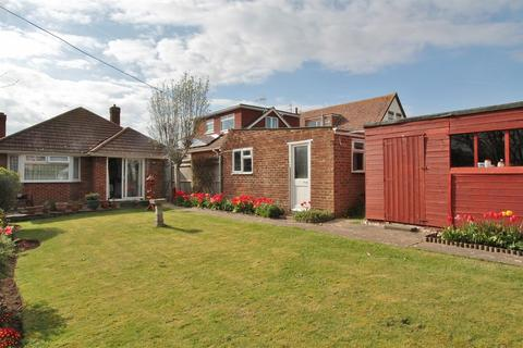 3 bedroom detached bungalow for sale - The Ridgway, Woodingdean, Brighton
