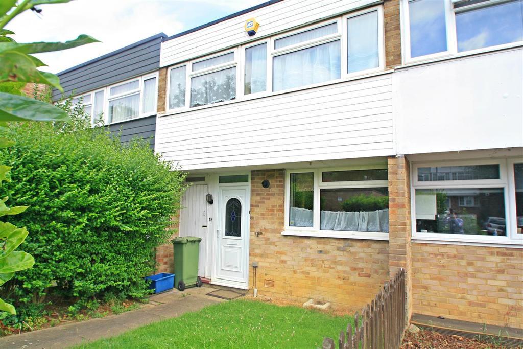 3 Bedrooms House for sale in Gairloch Avenue, Bletchley, Milton Keynes