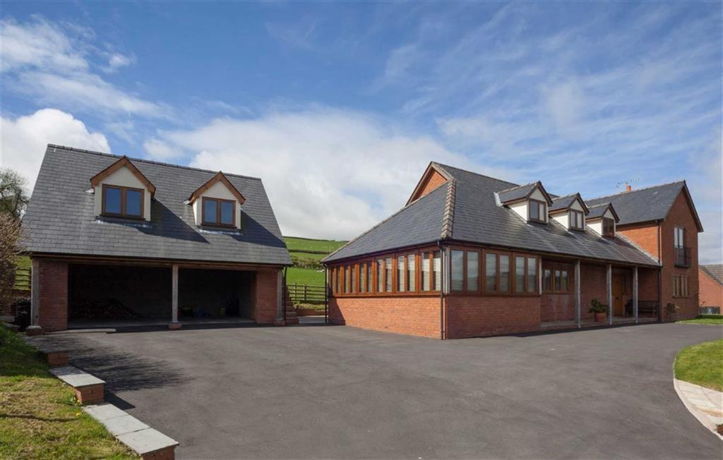 4 Bedrooms Detached House for sale in Presteigne Road, KNIGHTON, Knighton, Powys