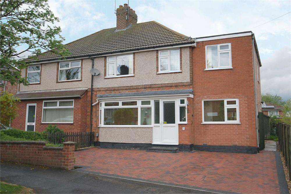 4 Bedrooms Semi Detached House for sale in Studland Avenue, Hillmorton, RUGBY, Warwickshire