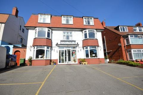 Guest house for sale - Columbus Ravine, Scarborough, North Yorkshire YO12 7QZ