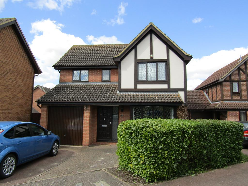 4 Bedrooms Detached House for sale in Ramerick Gardens, Arlesey, SG15 6XZ