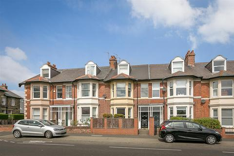 2 bedroom flat for sale - Church Road, Gosforth, Newcastle Upon Tyne