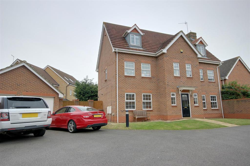 6 Bedrooms Detached House for sale in Ling Croft, Brough
