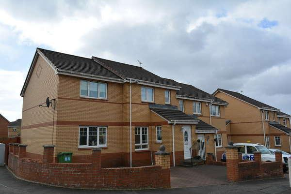 3 Bedrooms Semi-detached Villa House for sale in 94 Springcroft Crescent, Baillieston, Glasgow, G69 6SB
