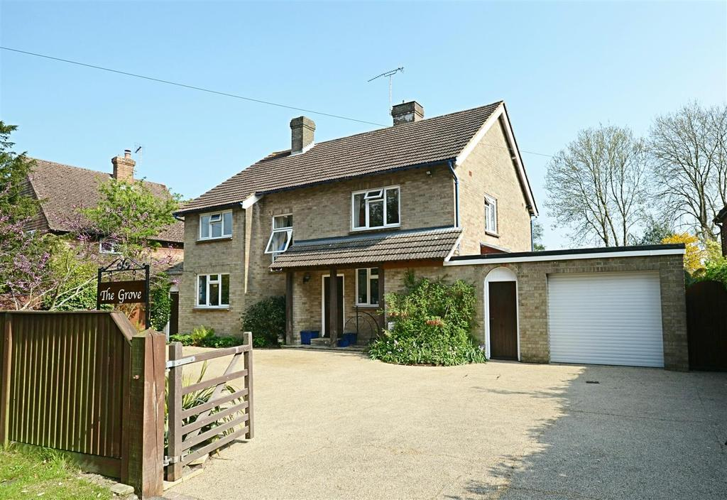 3 Bedrooms Detached House for sale in Woodchurch Road, Tenterden