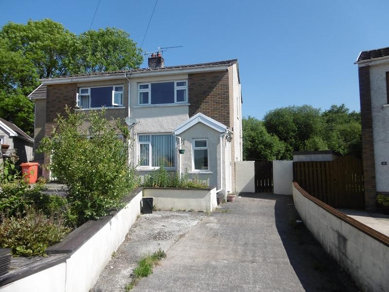 2 Bedrooms Semi Detached House for sale in Blaen Y Fro , Pencoed, Bridgend, Bridgend.