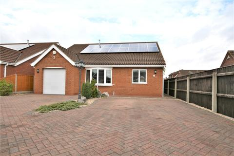 3 bedroom detached bungalow for sale - Strathmore Court, New Waltham, DN36