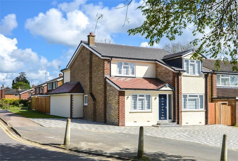 4 Bedrooms Detached House for sale in Maze Green Road, BISHOP'S STORTFORD, Hertfordshire