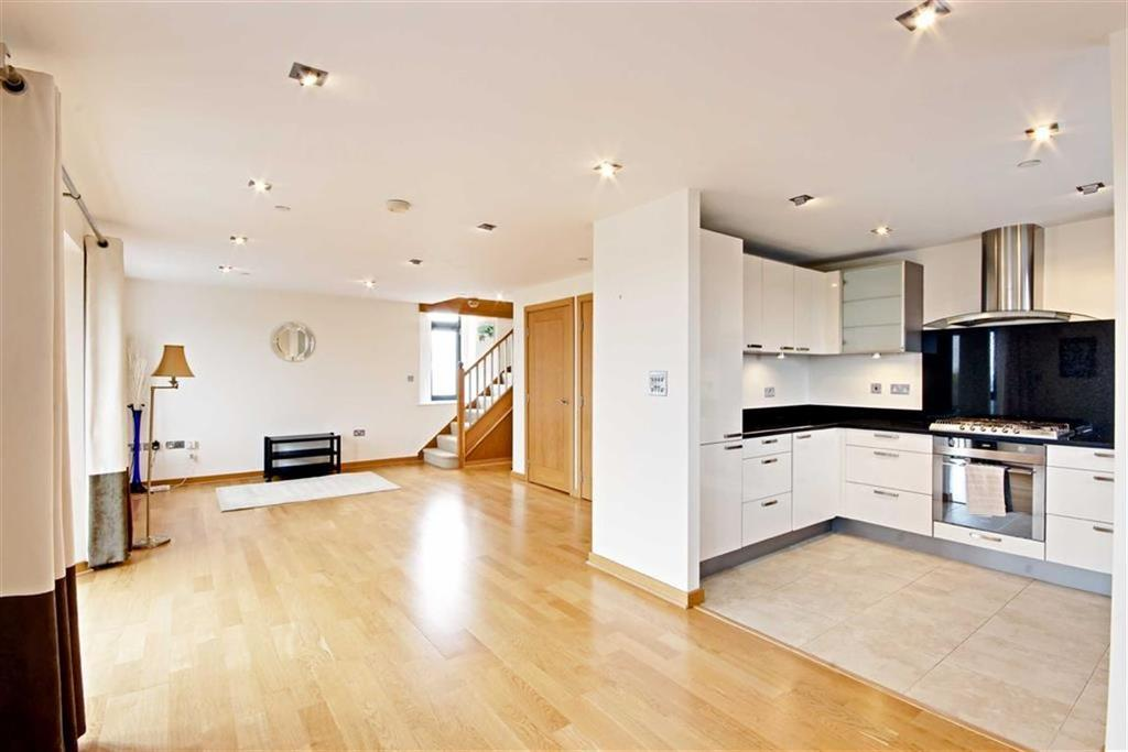 2 Bedrooms Duplex Flat for sale in Blenheim Mews, Shenley, Hertfordshire