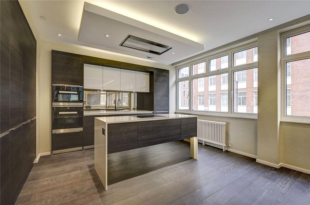 3 Bedrooms Apartment Flat for sale in Margaret Street, Fitzrovia, W1W