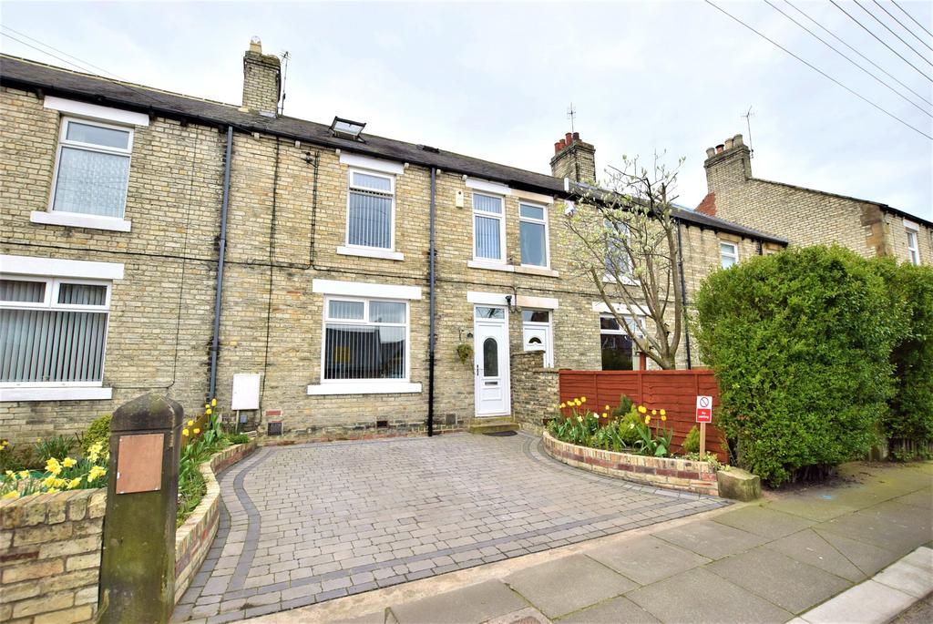 3 Bedrooms Terraced House for sale in Ryton