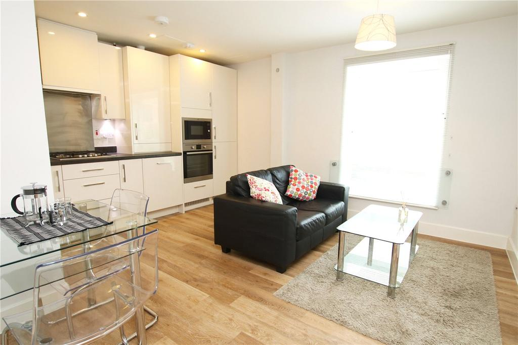 1 Bedroom Flat for sale in Friary Court, Tudor Road, Reading, Berkshire, RG1