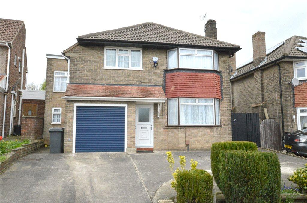 6 Bedrooms Detached House for sale in Rockwood Crescent, Calverley, Pudsey, West Yorkshire