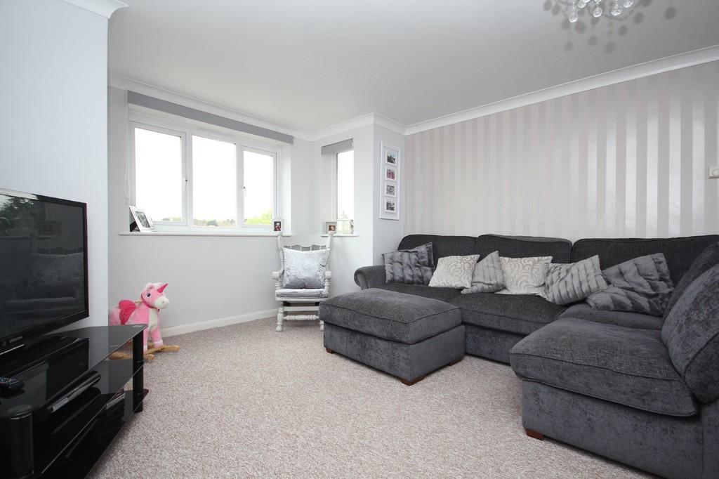 2 Bedrooms Apartment Flat for sale in Whitehill Road, Crowborough