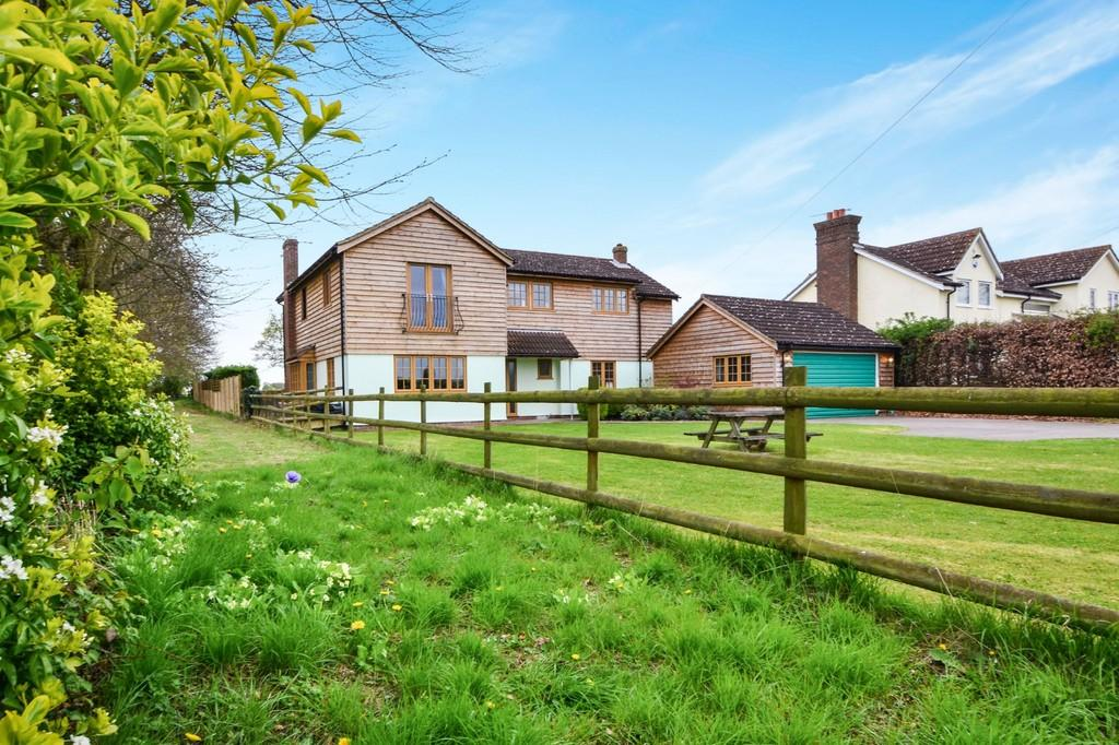 5 Bedrooms Detached House for sale in Chatham Green, Little Waltham