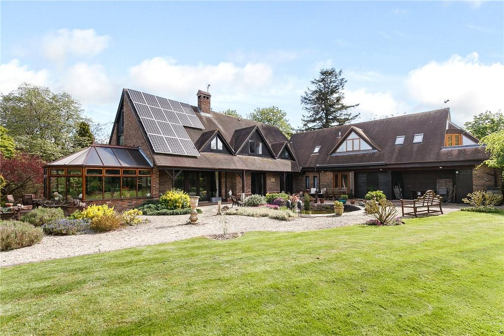 5 Bedrooms Detached House for sale in Padworth Common, Reading, RG7