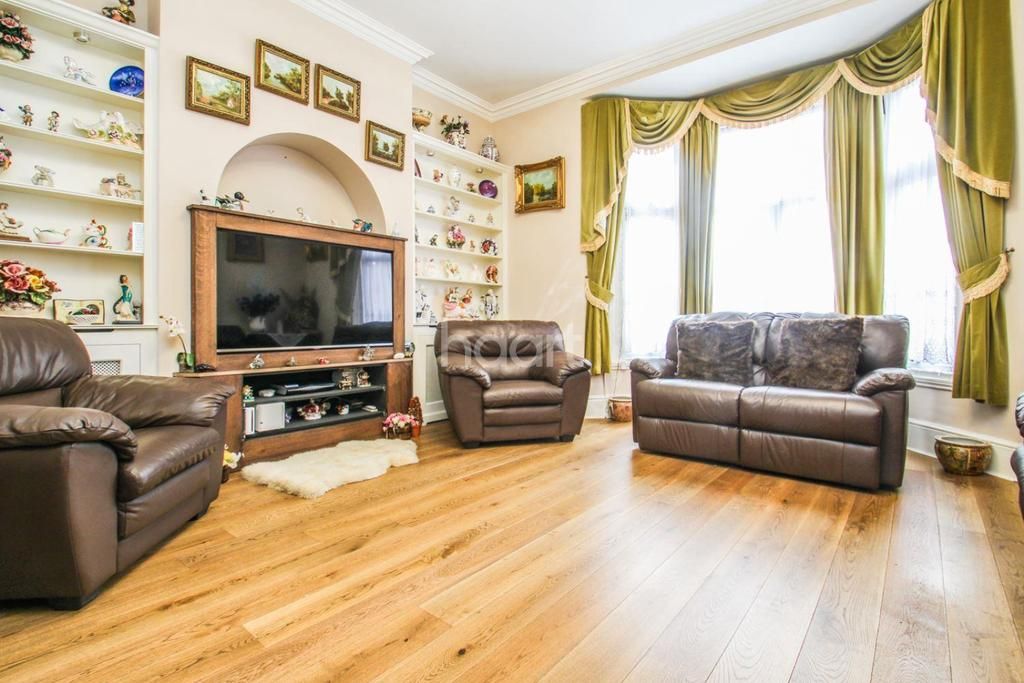8 Bedrooms Semi Detached House for sale in Earlsfield Road, Earlsfield