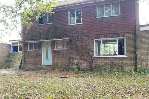 4 bedroom detached house for sale - Fairway Avenue, Tilehurst, Reading,