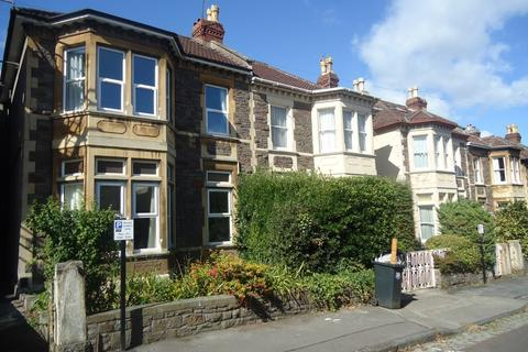 3 bedroom apartment to rent - Redland, Rokeby Avenue, BS6 6EL