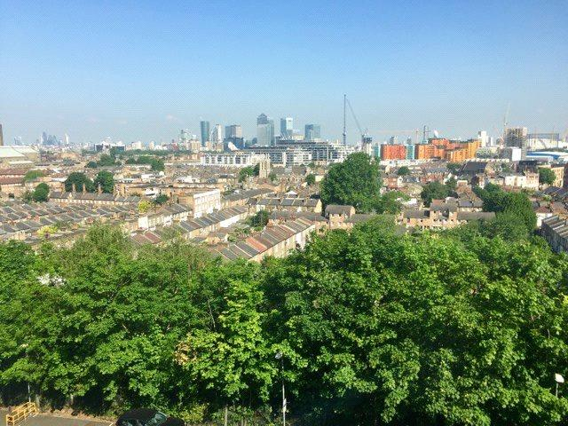 2 Bedrooms Flat for sale in Woodlands Heights, Vanbrugh Hill, Greenwich, London, SE3