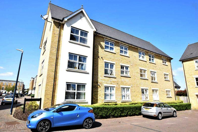 2 Bedrooms Apartment Flat for sale in Angelica Square, Maidstone