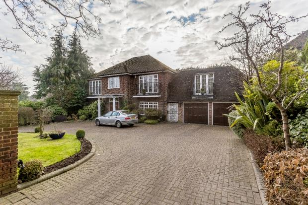 5 Bedrooms Detached House for sale in Dennis Lane Dennis Lane, Stanmore, HA7