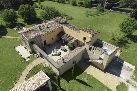5 bedroom farm house  - Uzes, Gard, Languedoc-Roussillon