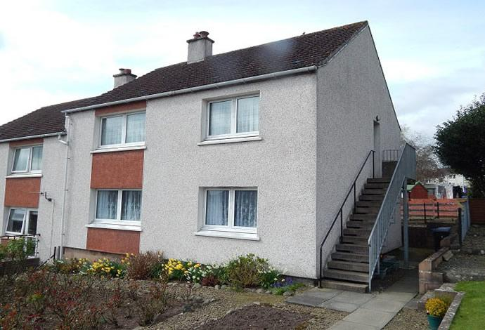 2 Bedrooms Flat for sale in 4 Langlee Road, Galashiels, TD1 2DH