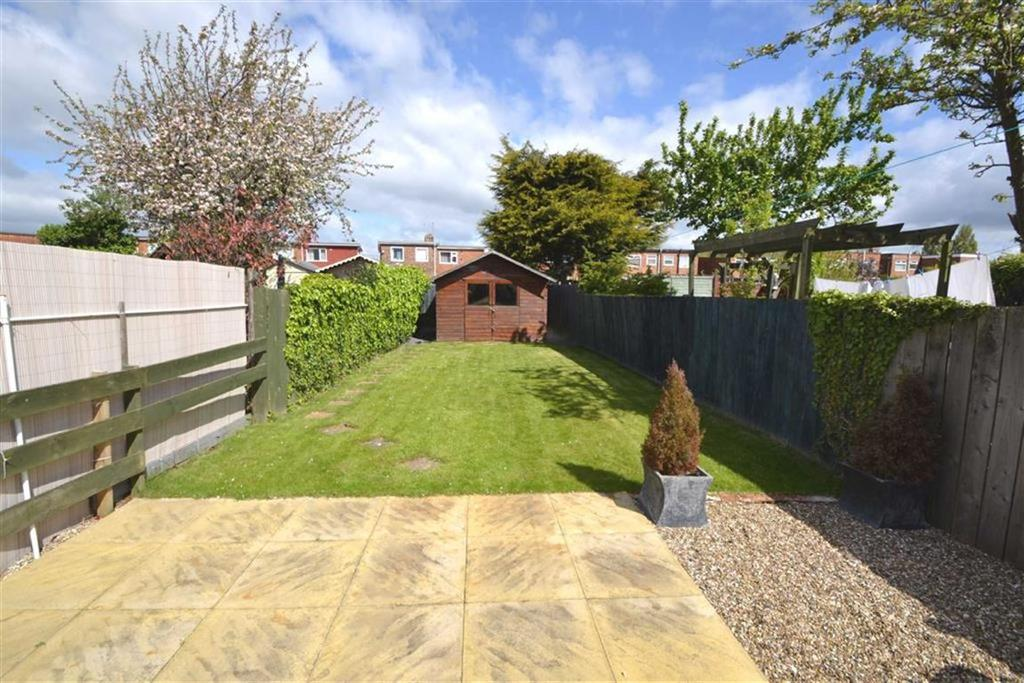 2 Bedrooms Semi Detached House for sale in Colwall Avenue, Priory Road, Hull, HU5