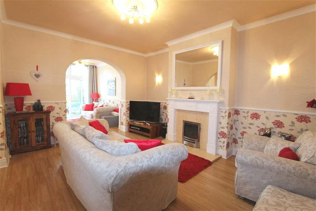4 Bedrooms Semi Detached House for sale in Church Road, Lytham St Annes, Lancashire