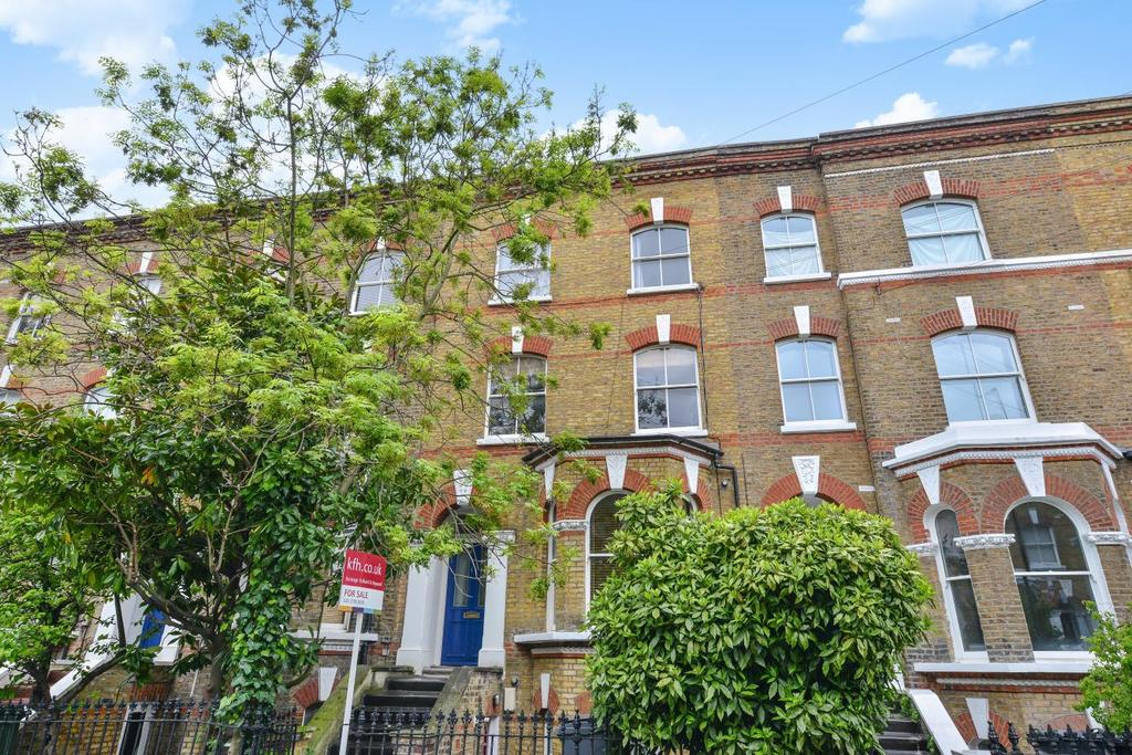 1 Bedroom Flat for sale in Offerton Road, Clapham