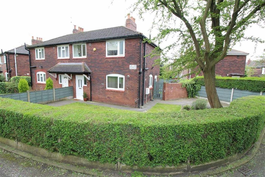 3 Bedrooms Semi Detached House for sale in Weller Avenue, Chorlton, Manchester