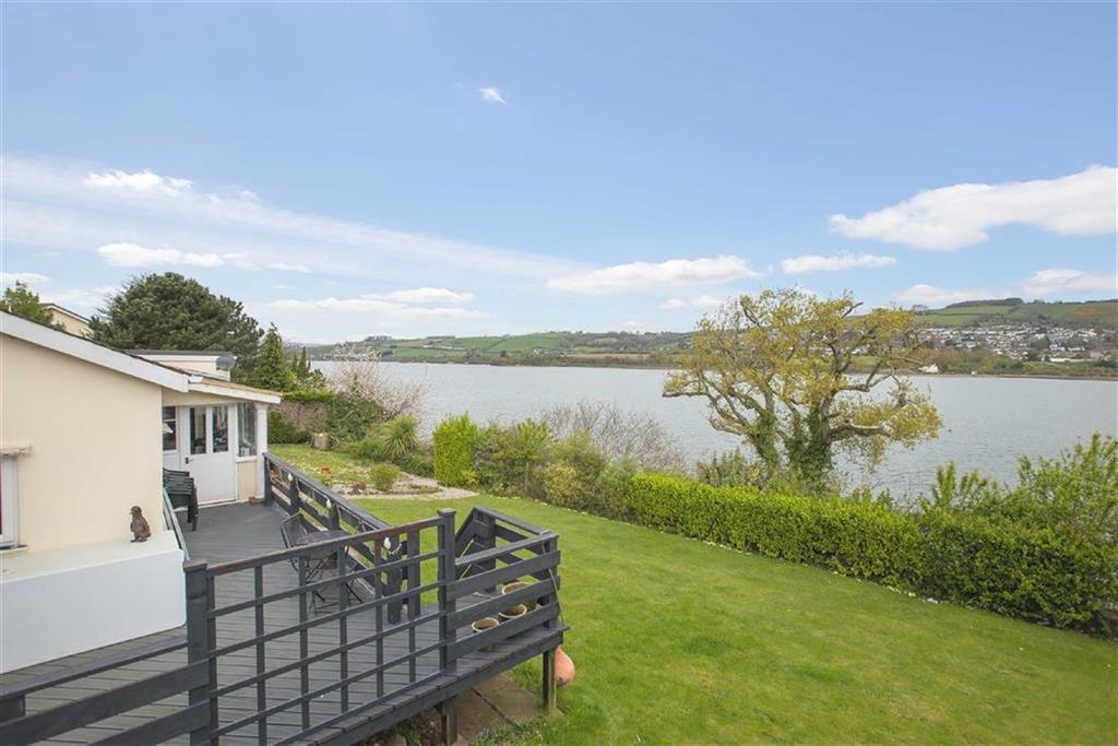 4 Bedrooms Detached House for sale in Teignharvey, Devon, TQ12