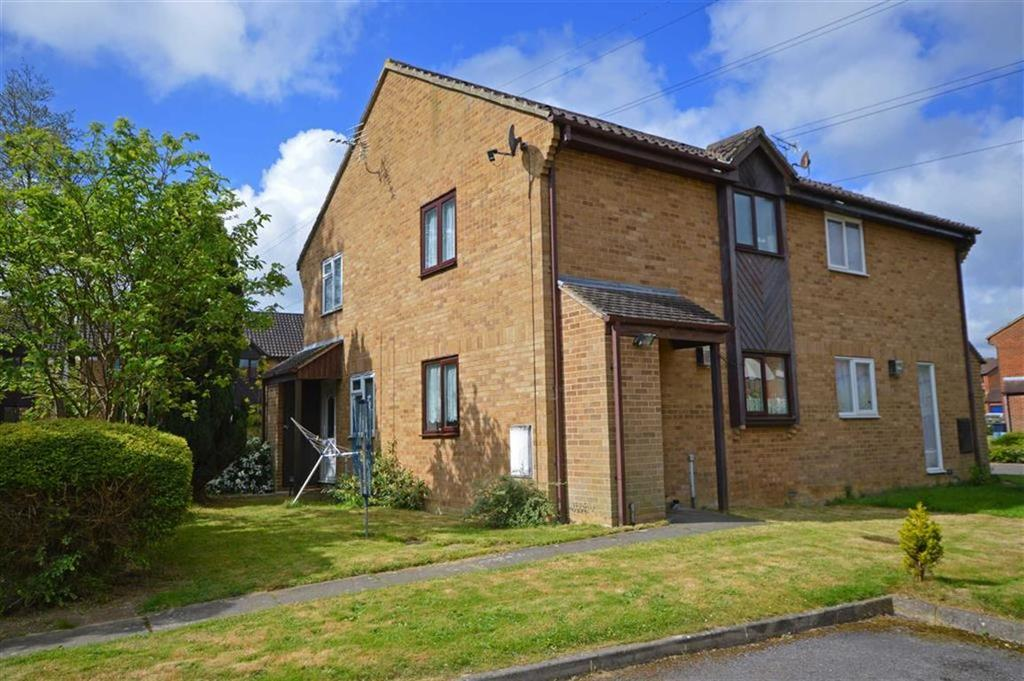 1 Bedroom Semi Detached House for sale in Bishops Green, Singleton, Kent
