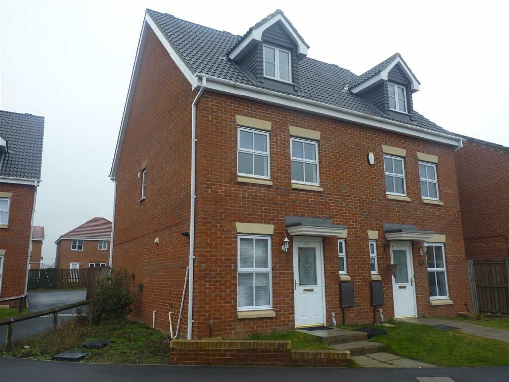 3 Bedrooms Town House for rent in Chestnut Drive, Darlington, County Durham