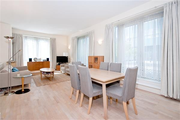 2 Bedrooms Flat for sale in MARATHON HOUSE, MARYLEBONE, NW1