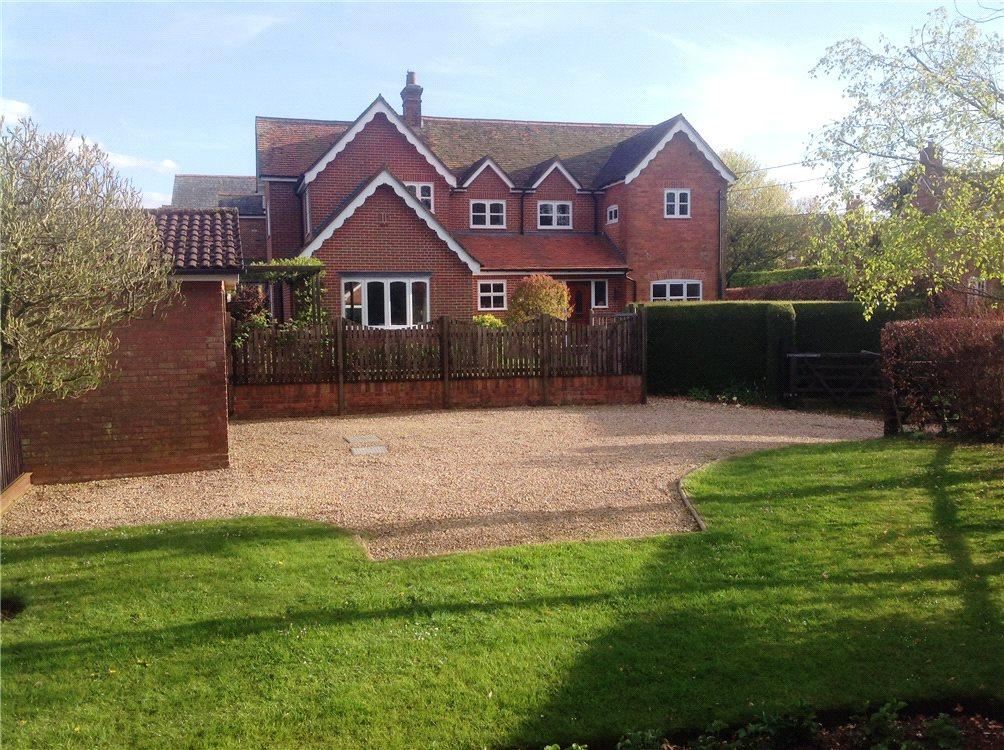 4 Bedrooms Detached House for sale in Hannington, Tadley, Hampshire, RG26