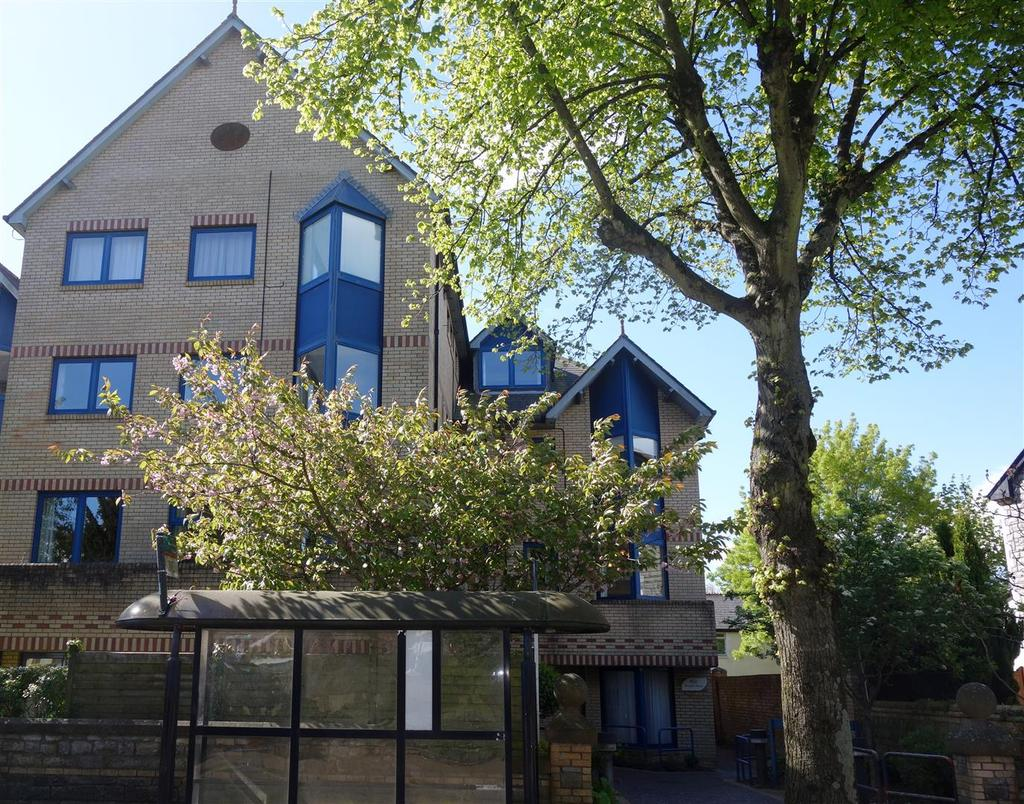 1 Bedroom Apartment Flat for sale in Penarth House, Stanwell Road, Penarth